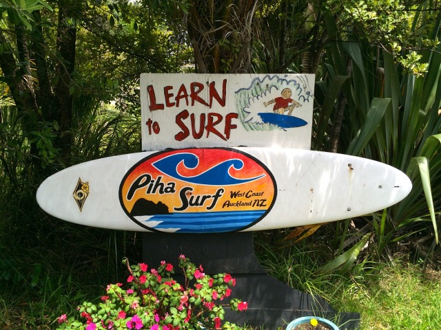 Neuseeland Piha Beach Surf Shop